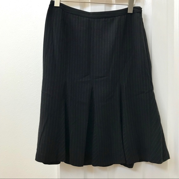 Ann Taylor Dresses & Skirts - Ann Taylor fit and flare black pinstripe skirt
